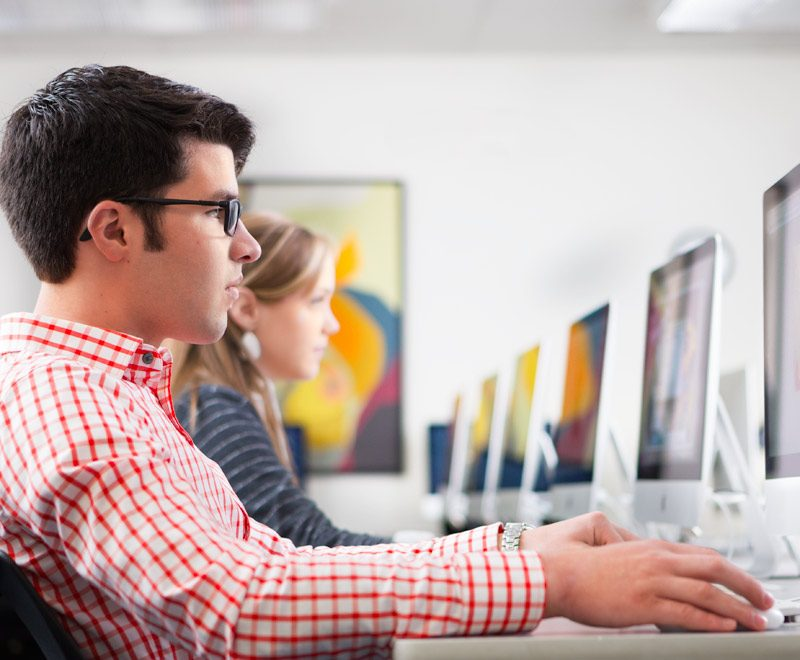 Essential Knowledge Required For Graphic Designer